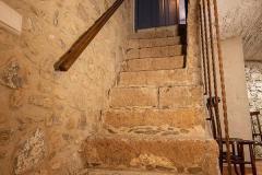 Escales planta inferior